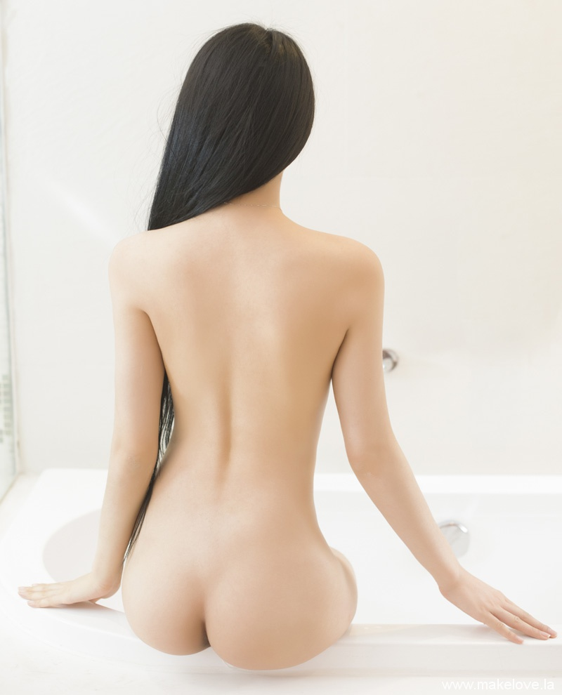 美女背景图