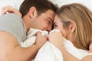 关于性生活的秘密:4招小技巧让你摆脱单一的房事模式
