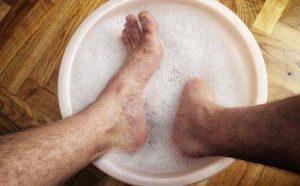 泡脚能治男人肾虚吗?用什么泡脚可以壮阳?