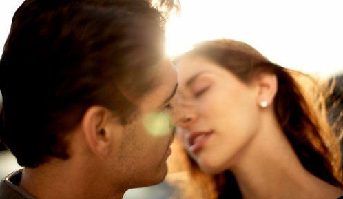 怎么体验性快感?八个性技巧给你不一样的性爱体验