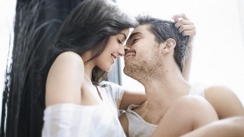 女人的第一次性接触有多痛?第一次性接触用什么姿势?