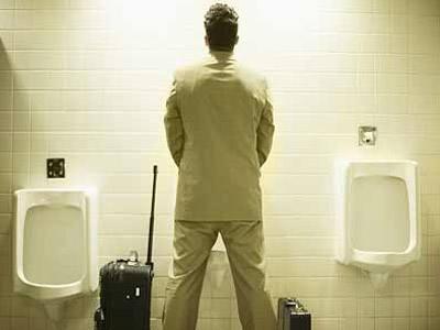 经常憋尿会导致阳痿吗?憋尿的危害不容小觑