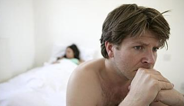 早泄的症状表现有哪些?引起早泄的病因是什么?