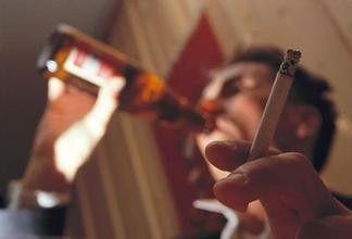 为什么酗酒会导致阳痿?还有哪些坏习惯会导致阳痿?